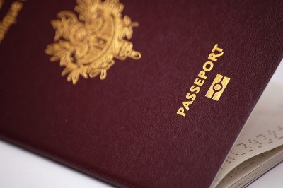 Passeport français : le (re)faire en mode urgence +++