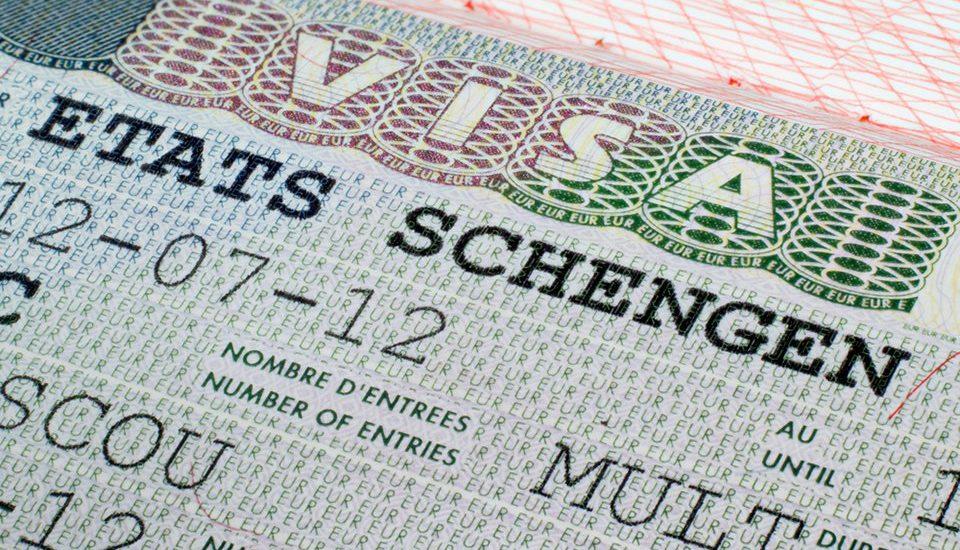 Partir au Hajj avec un visa Schengen, est-ce possible ?